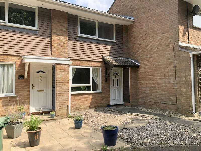 2 Bedrooms Terraced House for sale in Birkbeck Place, Owlsmoor, SANDHURST, Berkshire
