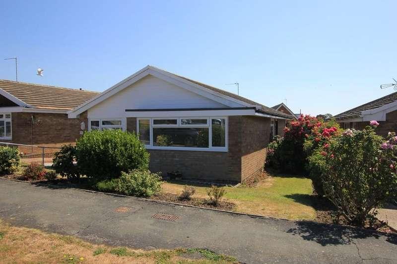 3 Bedrooms Detached Bungalow for sale in Hazelwood Avenue, Eastbourne