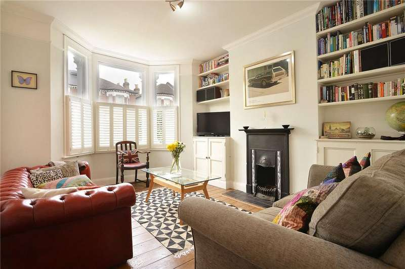 2 Bedrooms Flat for sale in Copleston Road, Peckham Rye, London, SE15