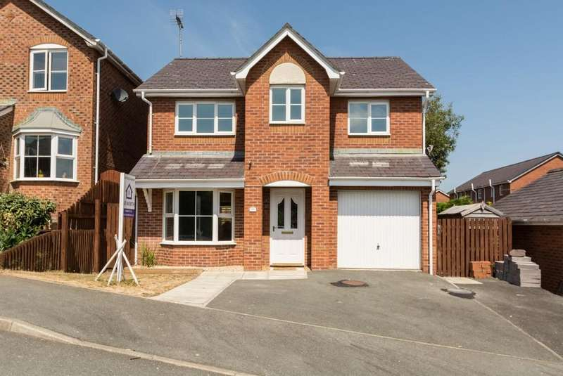 4 Bedrooms Detached House for sale in Maes Berea, Bangor, North Wales