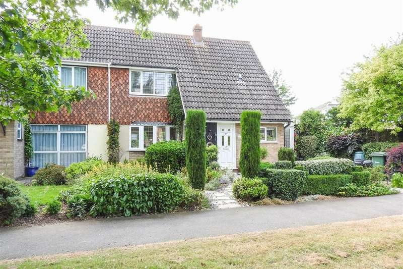 3 Bedrooms Semi Detached House for sale in Church Road, Hatfield Peverel, Chelmsford