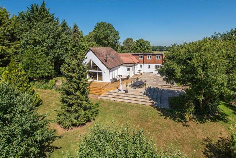 5 Bedrooms Detached House for sale in Baldock Road, Buntingford, Hertfordshire