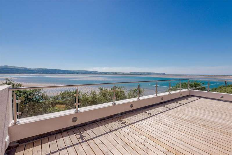 4 Bedrooms Detached House for sale in Philip Avenue, Aberdovey, Gwynedd