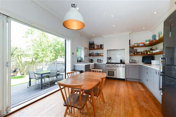 4 Bedrooms End Of Terrace House for sale in Treviso Road, Forest Hill