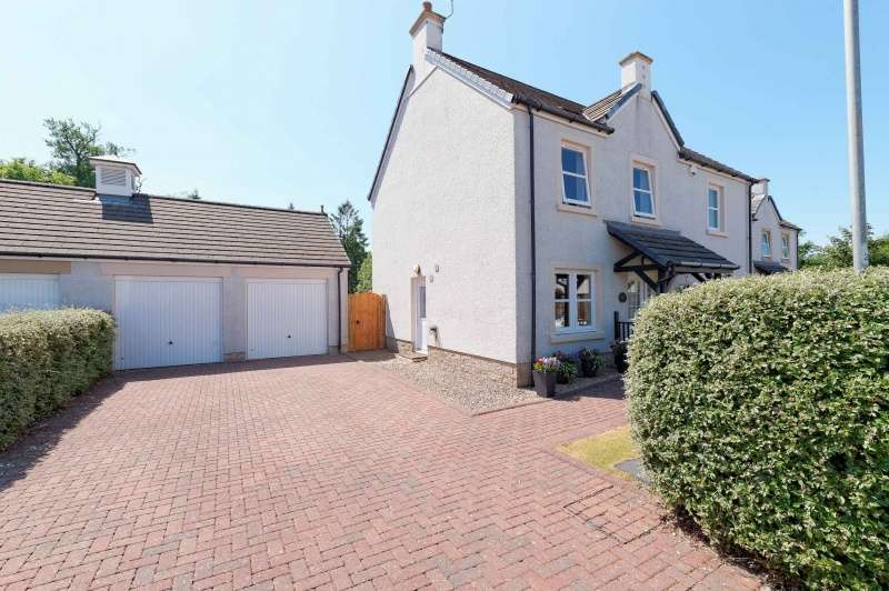 5 Bedrooms Detached House for sale in The Grange, Perceton, Irvine, North Ayrshire, KA11 2EU