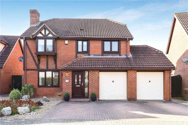 4 Bedrooms Detached House for sale in Harlequin Place, Shenley Brook End, Milton Keynes, Buckinghamshire