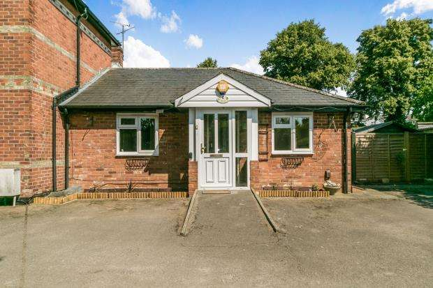 1 Bedroom Bungalow for sale in Southcote, Reading, .
