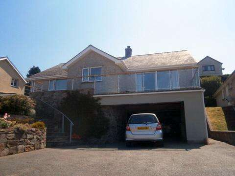 3 Bedrooms Detached Bungalow for sale in Craig Y Don, Old LLanfair Road, Harlech LL46