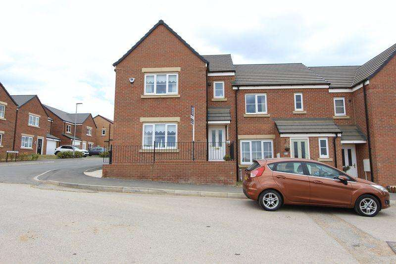 3 Bedrooms Semi Detached House for sale in Drummond Way, Middridge Vale - 3 Bed Semi Detached, Generous Corner Plot