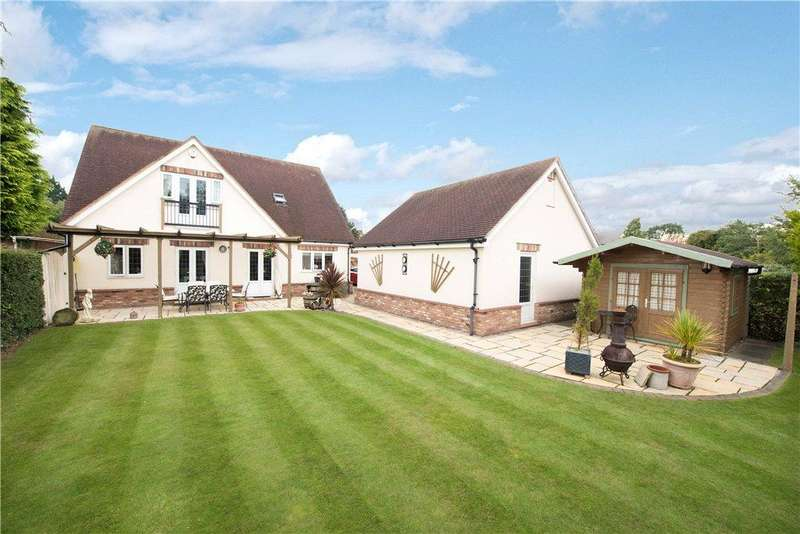 4 Bedrooms Detached House for sale in Box End Road, Kempston Rural, Bedford, Bedfordshire