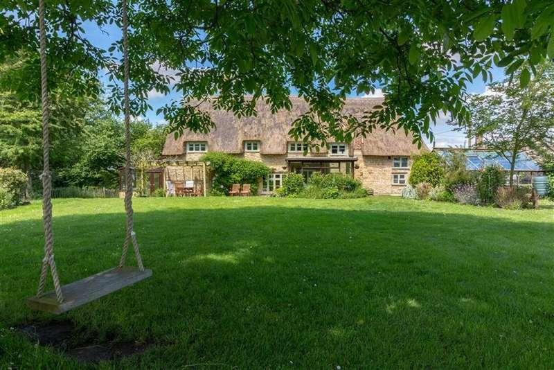 3 Bedrooms Detached House for sale in Yeovil Marsh, Yeovil, Somerset, BA21