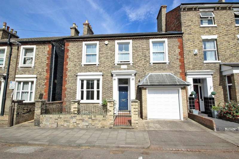 5 Bedrooms Semi Detached House for sale in The Avenue, Bedford
