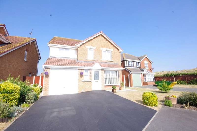 4 Bedrooms Detached House for sale in Llys Vyrnwy, Prestatyn