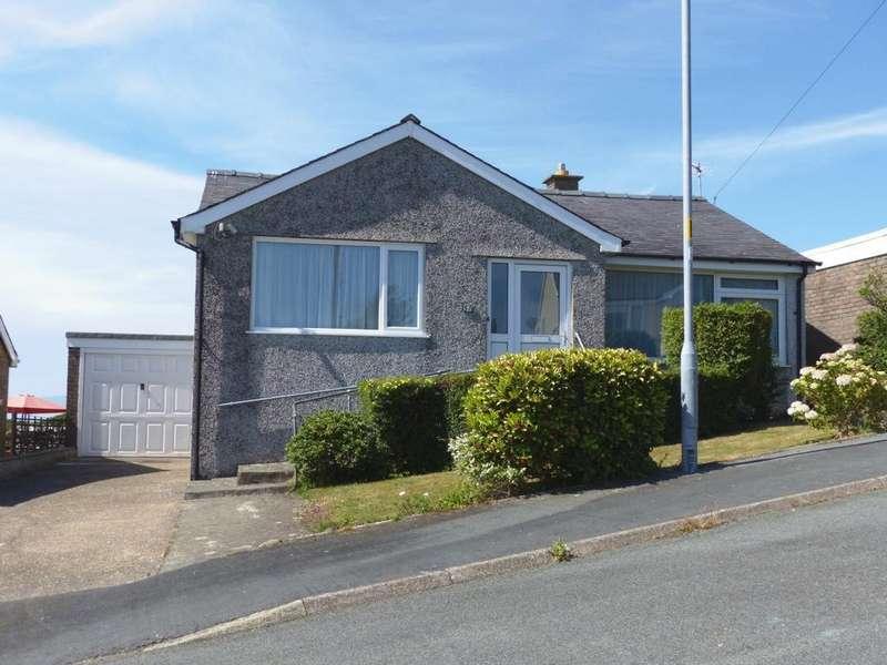 3 Bedrooms Bungalow for sale in 57 Bro Enddwyn, Dyffryn Ardudwy, LL44