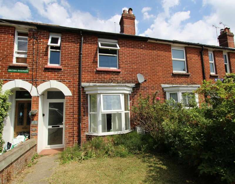 3 Bedrooms Terraced House for sale in Rushes Road, Petersfield