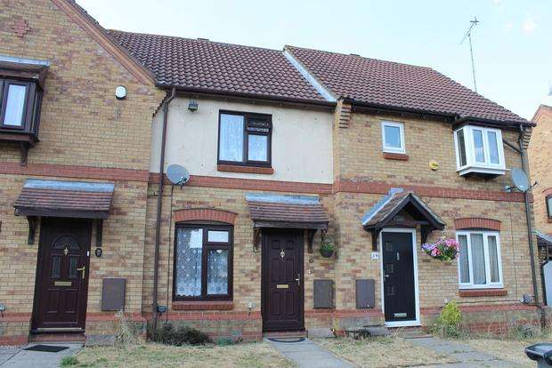 2 Bedrooms Terraced House for sale in Muirfield, Luton, LU2