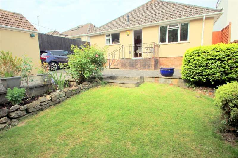 3 Bedrooms Detached Bungalow for sale in Queens Road, Bishopsworth, Bristol, BS13