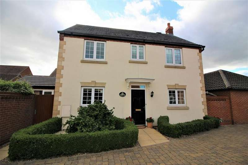 3 Bedrooms Detached House for sale in Oakley Rise, WILSTEAD, Bedfordshire