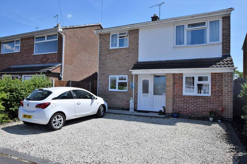 5 Bedrooms Detached House for sale in Calver Crescent, Sapcote LE9