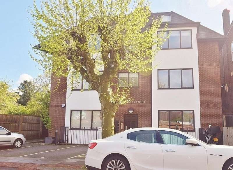 2 Bedrooms Flat for sale in WOODSTOCK ROAD, GOLDERS GREEN, LONDON, NW11