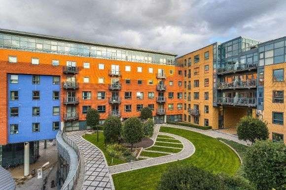 2 Bedrooms Flat for sale in West One Plaza One, Cavendish Street, Sheffield