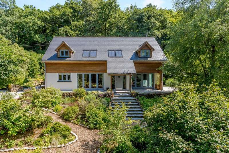 5 Bedrooms Detached House for sale in Chagford, Newton Abbot, Devon