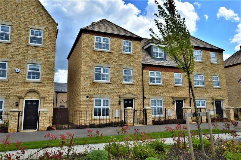 3 Bedrooms Property for sale in Langton Walk, Stamford