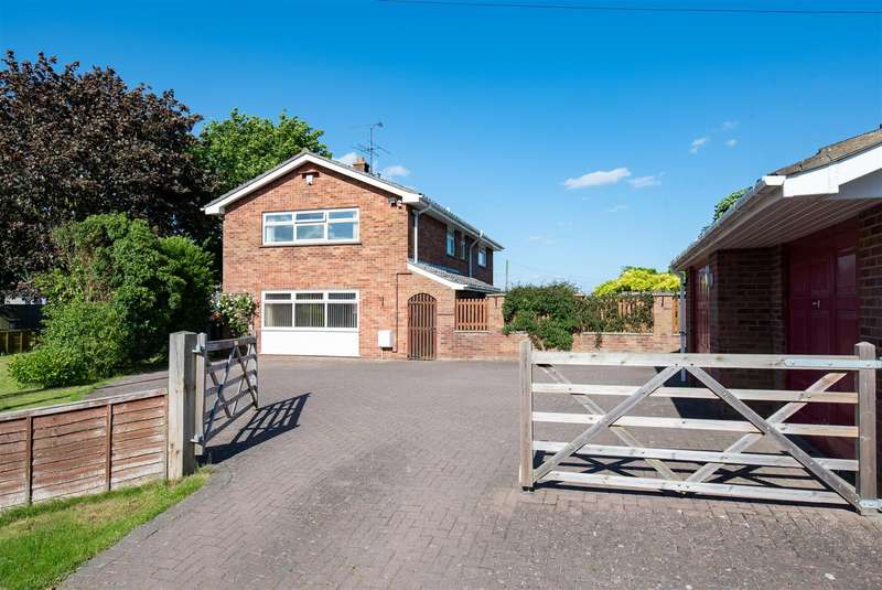 4 Bedrooms Property for sale in North End, Swineshead, Boston