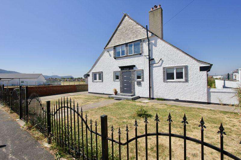 3 Bedrooms Detached Bungalow for sale in Beach Close, Prestatyn