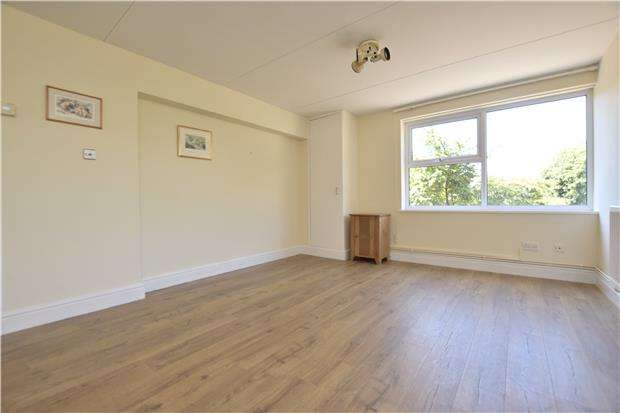 1 Bedroom Flat for sale in Goodeve Park, Hazelwood Road, BRISTOL, BS9 1QF