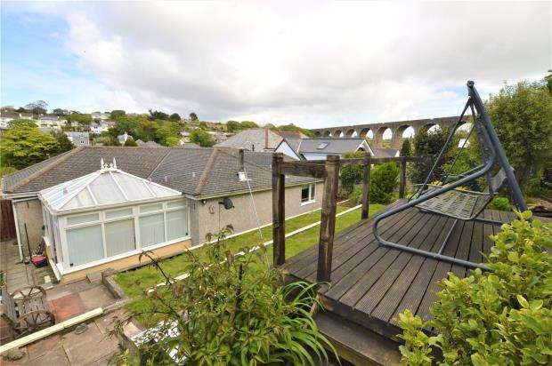3 Bedrooms Detached Bungalow for sale in Hillside Court, Grist Lane, Angarrack, Hayle