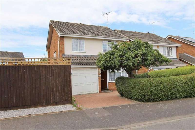 3 Bedrooms Detached House for sale in Saturn Close, Leighton Buzzard