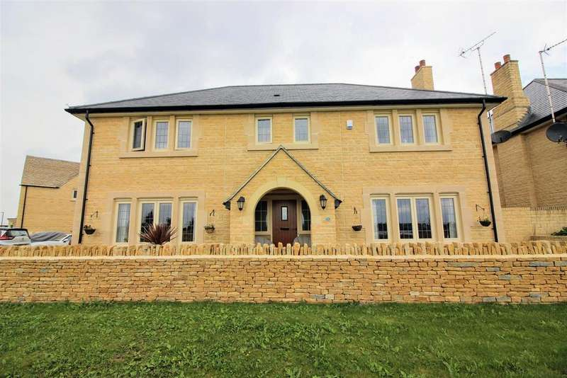 5 Bedrooms Detached House for sale in South Cerney, Cirencester