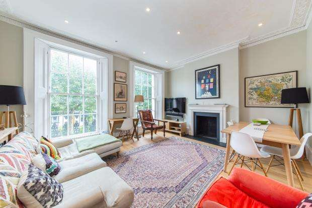 2 Bedrooms Maisonette Flat for sale in Albert Street, Camden, London, NW1