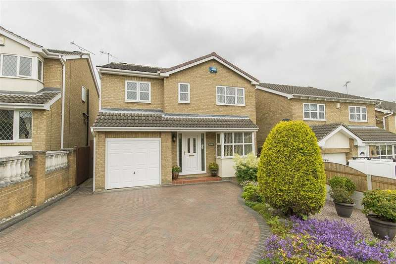 4 Bedrooms Detached House for sale in Woodstock Drive, Hasland, Chesterfield