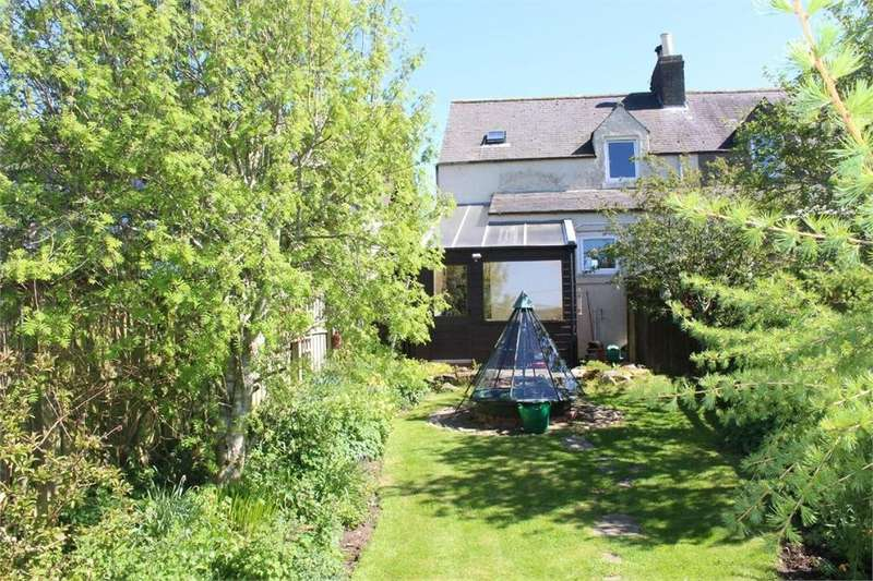 2 Bedrooms Semi Detached House for sale in 4 Thorneydykes Farm Cottages, Westruther, GORDON, Scottish Borders