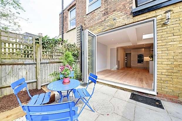 3 Bedrooms Semi Detached House for sale in Brackenbury Road, East Finchley, N2