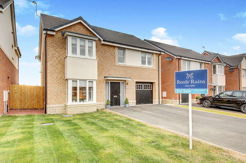 4 Bedrooms Detached House for sale in Strother Way, Cramlington, NE23
