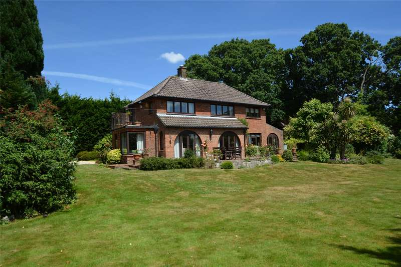 4 Bedrooms Detached House for sale in Church Lane, Lymington, Hampshire, SO41