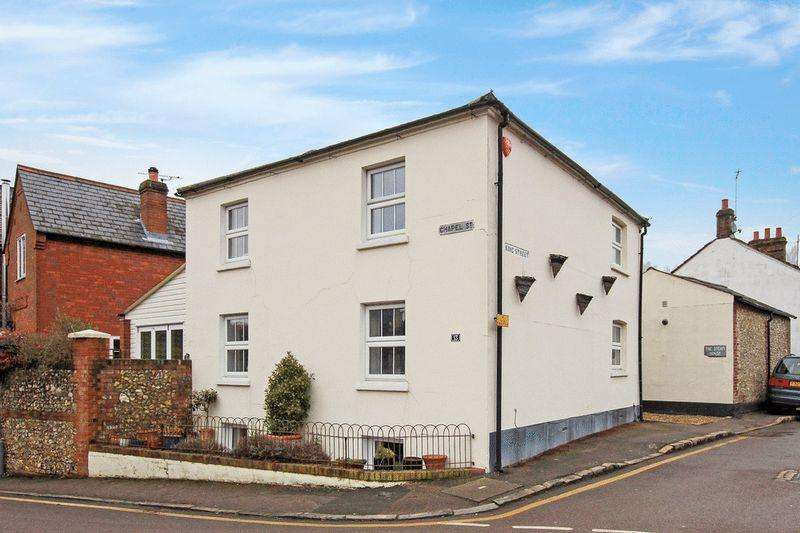 4 Bedrooms Detached House for sale in Chapel Street, Tring