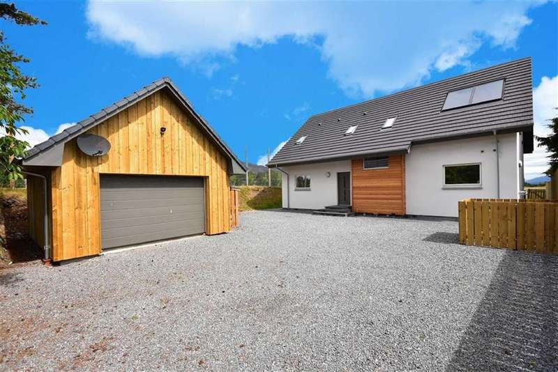 5 Bedrooms Detached House for sale in Newtonmore