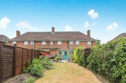 2 Bedrooms Terraced House for sale in Stewartby Way, Stewartby, Bedford, Bedfordshire