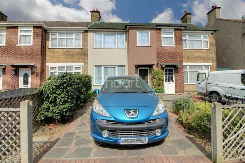 3 Bedrooms Terraced House for sale in Winstead Gardens, Dagenham