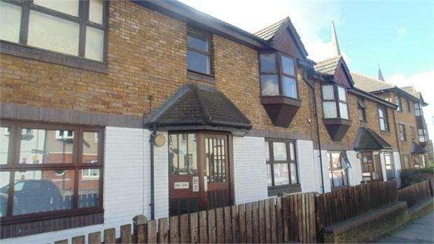 1 Bedroom Flat for sale in Courthill Road, Lewisham, London, SE13 6HB
