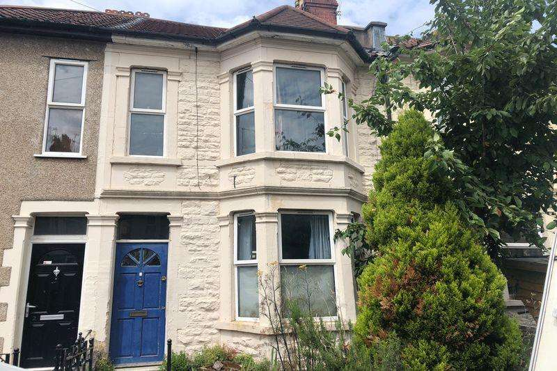 3 Bedrooms Terraced House for sale in Chelsea Park, Bristol, BS5 6AG