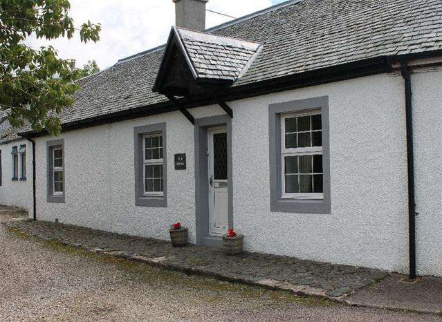 3 Bedrooms Terraced House for sale in Clachan