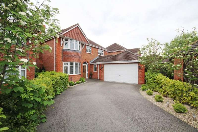 3 Bedrooms Detached House for sale in Carnoustie Close, The Fairways