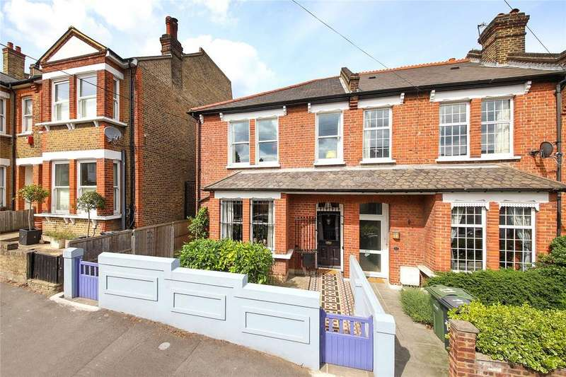 3 Bedrooms End Of Terrace House for sale in Stockfield Road, Streatham, SW16