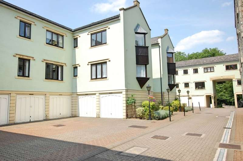 2 Bedrooms Flat for sale in Dapps Hill, Keynsham, Bristol, BS31