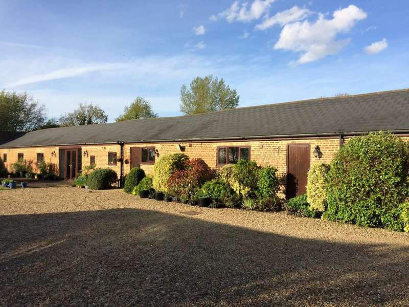 3 Bedrooms Barn Conversion Character Property for sale in Tydd St Giles CAMBRIDGESHIRE